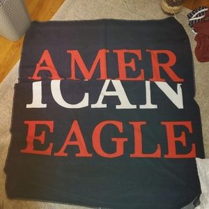 2/$30 American Eagle AE throw blanket Red wht blue